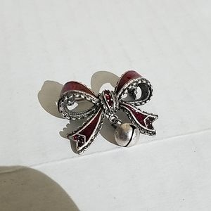 Tc Christmas bow brooch with bell 3t6